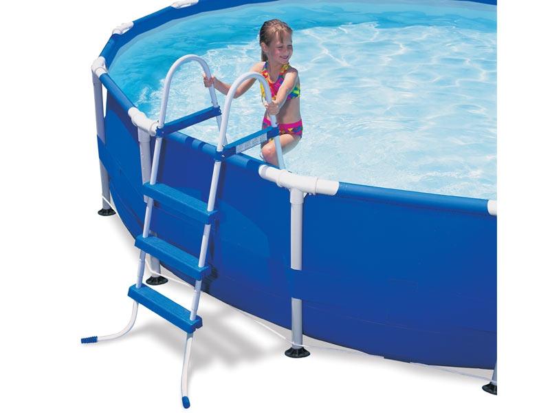 Лестница в каркасный бассейн